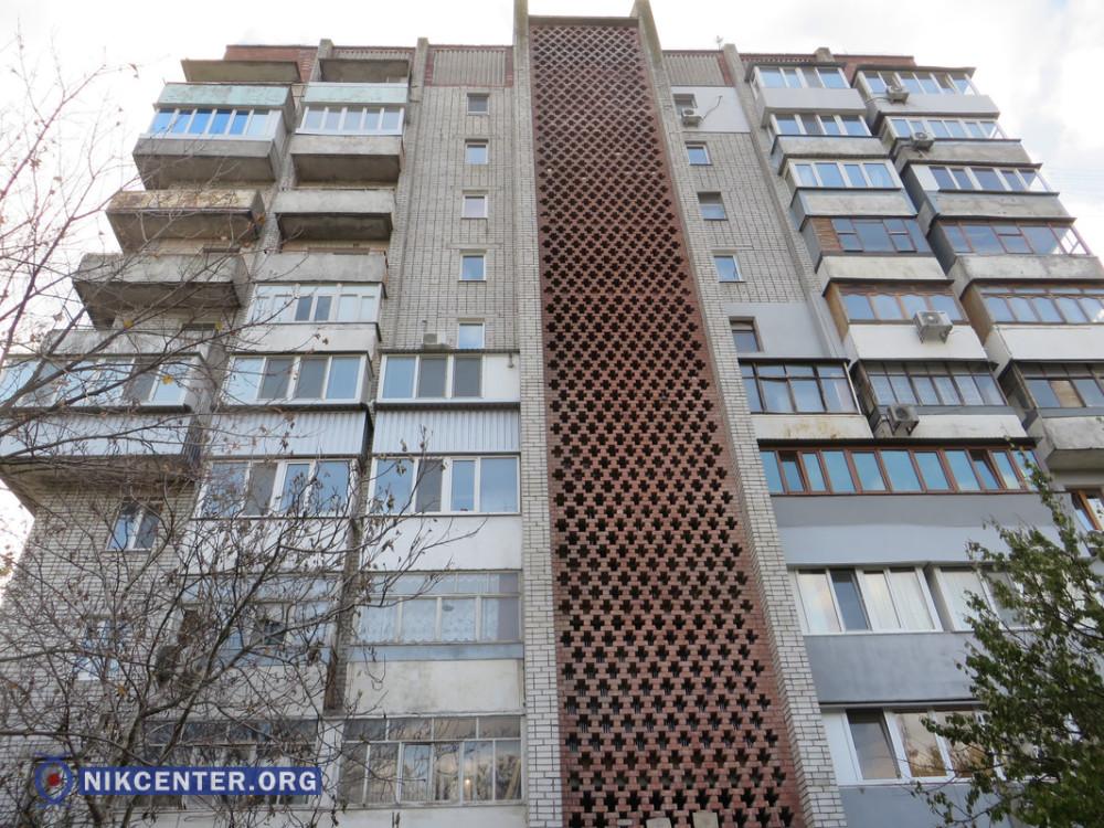Дом по пр. Богоявленскому (Октябрьскому), 27а
