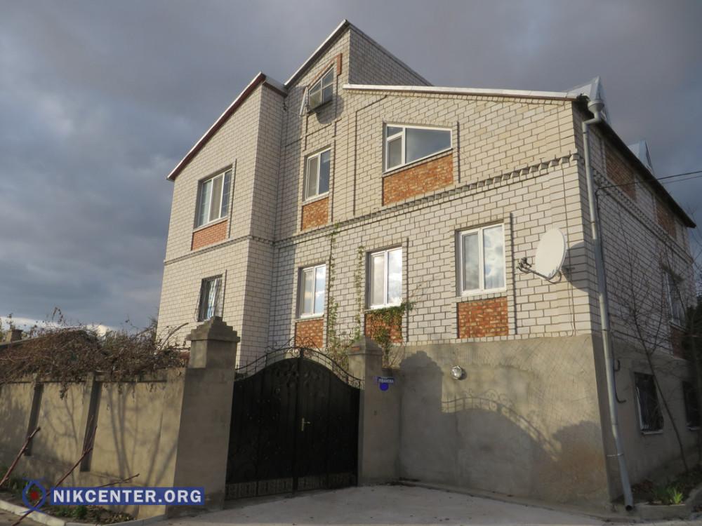 Трехэтажный дом, оформленный на тещу Валерия Кобы