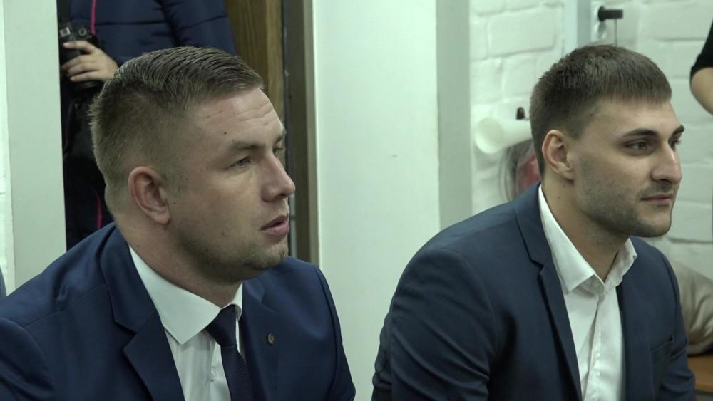 В суде Геннадий Симов и Артём Слободяник були крайне вежливыми