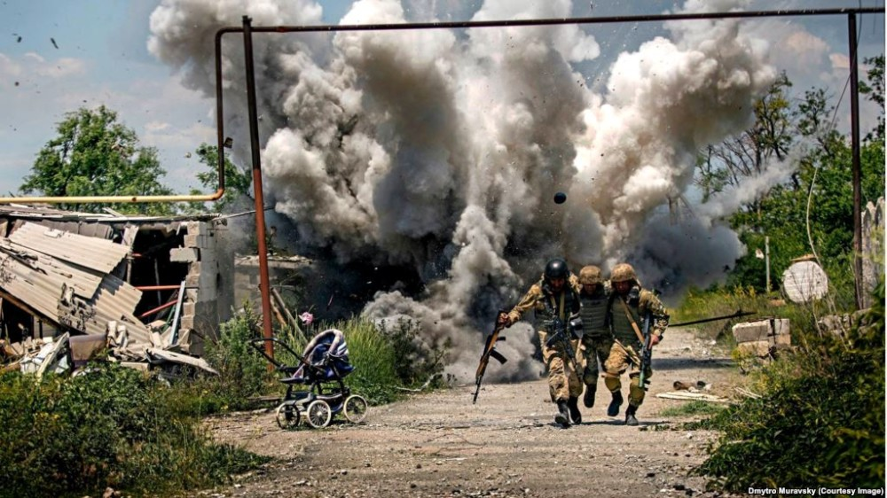 Грязь войны или красивая иллюстрация о непобедимости украинских воинов