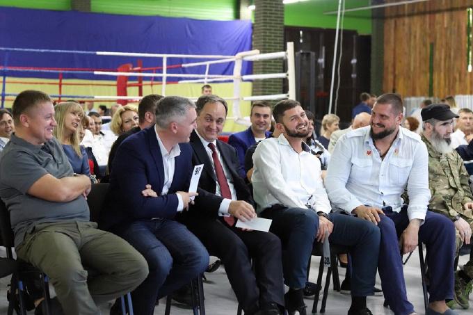 Максим Яворский (третий справа) в компании главы ОГА Алексея Савченко и мэра Николаева Александра Сенкевича. Фото Никлайф.