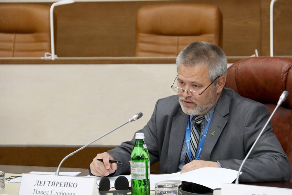 Павел Дегтяренко