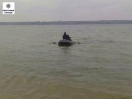 Николаевские патрульные помешали самоубийце утопиться в Южном Буге
