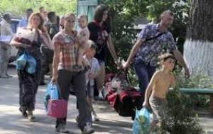 Число беженцев из зоны АТО превысило 300 тысяч человек