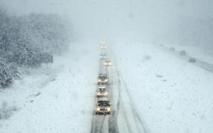 С завтрашнего дня въезд в Одессу большегрузного транспорта запрещен. Бороться со  снегопадом готовы 3 тысячи коммунальщиков.