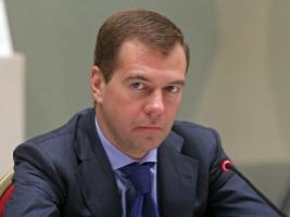 В ответ на санкции ЕС, Россия может запретить перелеты в своем воздушном пространстве - Медведев