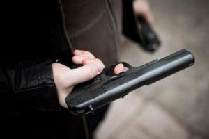 В Николаеве водители устроили драку со стрельбой: пострадали четверо