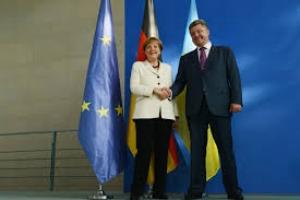 Порошенко и Меркель договорились о создании «Плана Маршалла» на восстановление инфраструктуры Донбасса