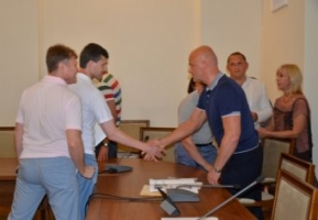 Мэр Одессы пообещал продолжить борбьбу с ларьками