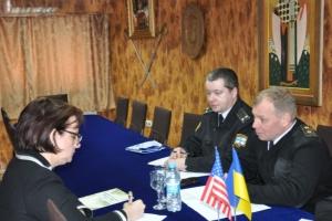 В Одессе представитель Посольства США проверяла украинские ВМС