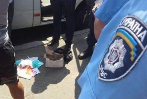 В Чернигове задержали мужчину с дубликатами печатей избирательных комиссий