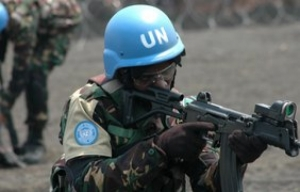 Кабмин инициирует закон о допуске в Украину миротворцев