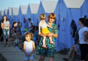 В Украине уже зарегистрировано 972 тысячи переселенцев из Донбасса и Крыма