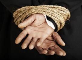 В Херсоне похищают людей, конфликтующих с властью