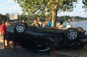 В Одесской области столб, упавший в ходе ДТП, обесточил кафе и пансионаты