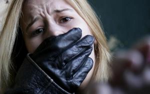 В Николаеве бомж изнасиловал женщину