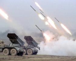 Углегорск и Дебальцево находятся под круглосуточными обстрелами