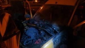 В Одессе неизвестные подожгли машину активиста «Дорожного контроля»