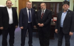 Херсон посетил глава Меджлиса крымскотатарского народа