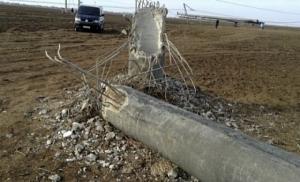 На Херсонщине рухнула опора ЛЭП, подающая электричество в Крым