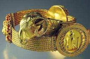 Золото скифов из крымских музеев останется в Амстердаме до окончания войны в Украине