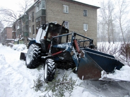 Всю ночь «пылесосы» чистили и посыпали дороги Николаева