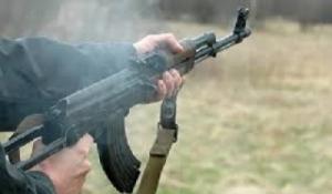 Под Николаевом подстрелили военного