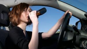 В Одессе водительницу элитного авто поймали пьяной за рулем