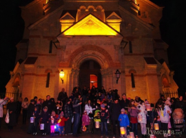 Маленькие одесситы зажгли фонарики в День святого Мартина