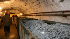 На Донбассе обвалились две шахты, есть погибшие