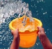 Одесситы помогают больным детям, обливаясь холодной водой