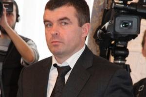 Не получив за год ни копейки, николаевский чиновник купил машину за полмиллиона гривен