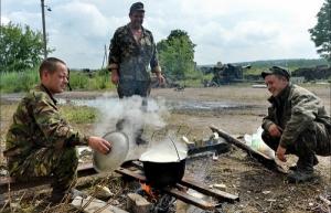Военнослужащих в зоне АТО будут кормить по нормам летчиков