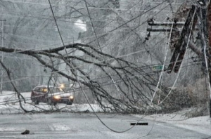 Из-за непогоды остались без электроэнергии села в пяти районах Херсонщины
