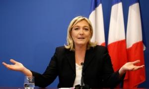 Марин Ле Пен обещает признать Крым российским, если станет президентом Франции