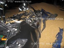 В Первомайске в результате ДТП грузовик раздавил два автомобиля