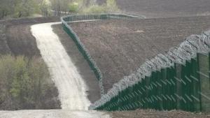 Норвегия строит 200-метровую стену на границе с Россией