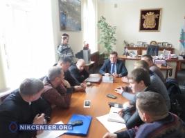 Николаевская власть не видит причин для расторжения договора с перевозчиками