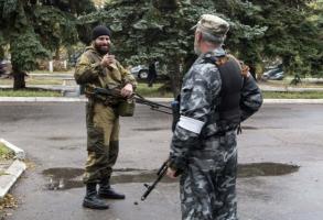 Между «казаками ополчения» и российскими военными произошло вооруженное столкновение