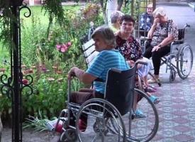 В Луганске обстреляли дом престарелых - пять человек погибли, трое госпитализированы