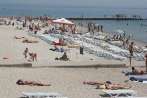Бесплатная зона и платные услуги: как в Одессе поделят пляжи