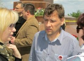 На сессии Одесского горсовета охранник избил активиста