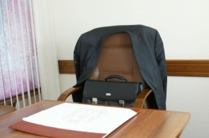 Чиновников Николаевского горсовета, подозреваемых в служебной халатности, отстранили от должностей