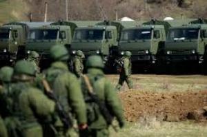 Боевики перебросили в Коминтерново вооружение и российских военных