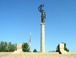 Автор одного из самых известных херсонских памятников заявил, что не даст мэру разрушить свое «детище»