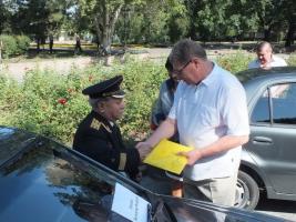 Губернатор Николаевщины Николай Круглов вручил инвалидам автомобили, приобретенные за счёт государства