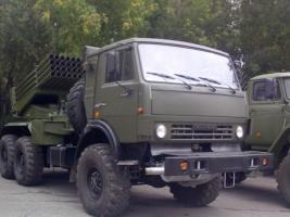 На админгранице с Херсонщиной Россия развернула артустановки и «Грады»