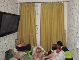 В Николаеве «студентки» организовали бордель, в котором распространяли наркотики