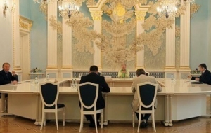 Завтра в Минске пройдет заседание трехсторонней контактной группы по Донбассу
