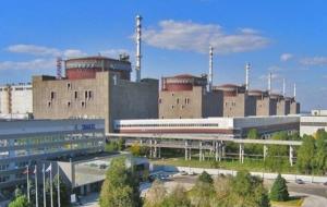 Падение электроопор в Херсонской области отключило украинские АЭС
